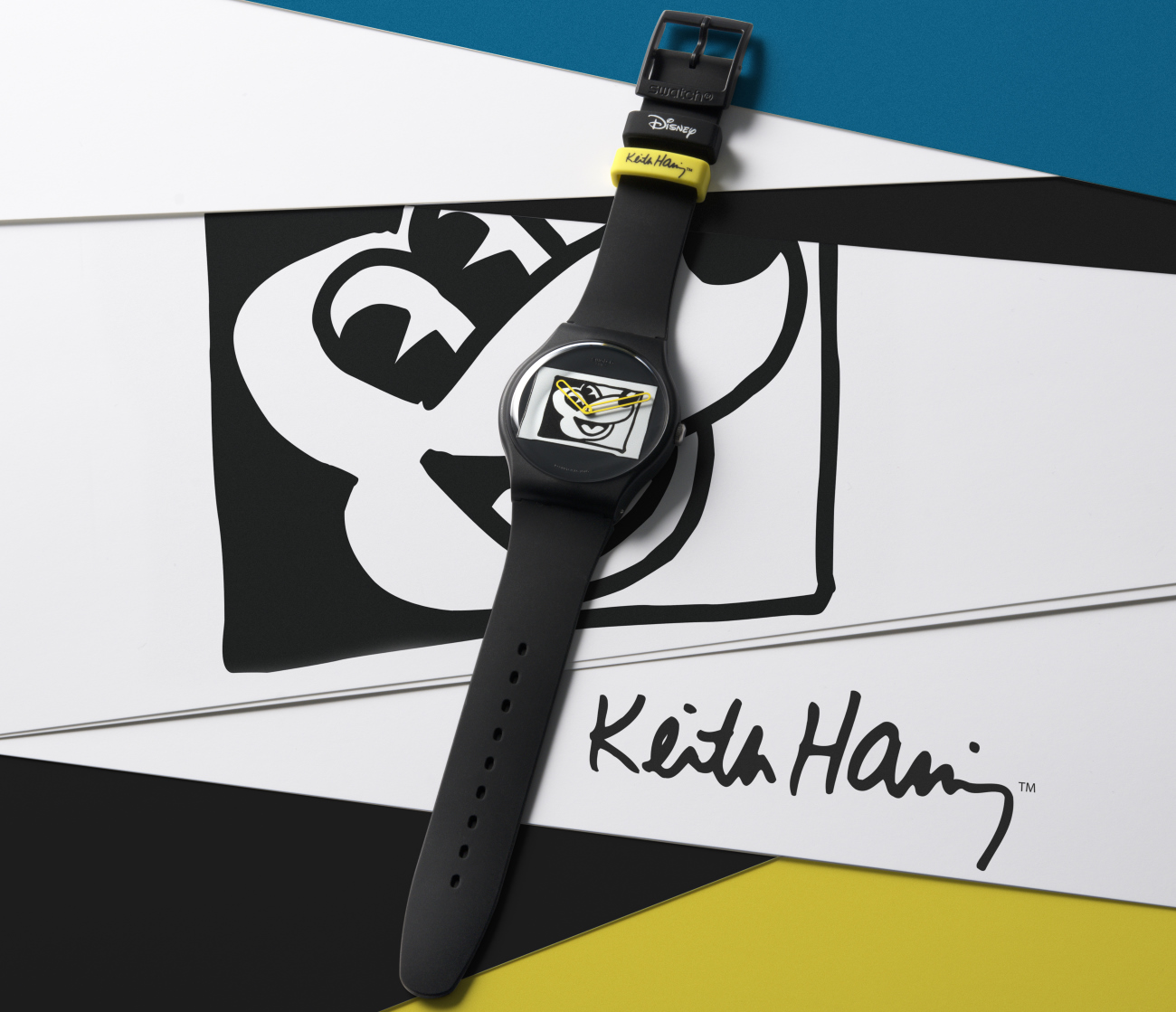 swatch_mickey_mouse_x_keith_haring_mouse_noir_blanc_-_europa_star_watch_magazine_2020