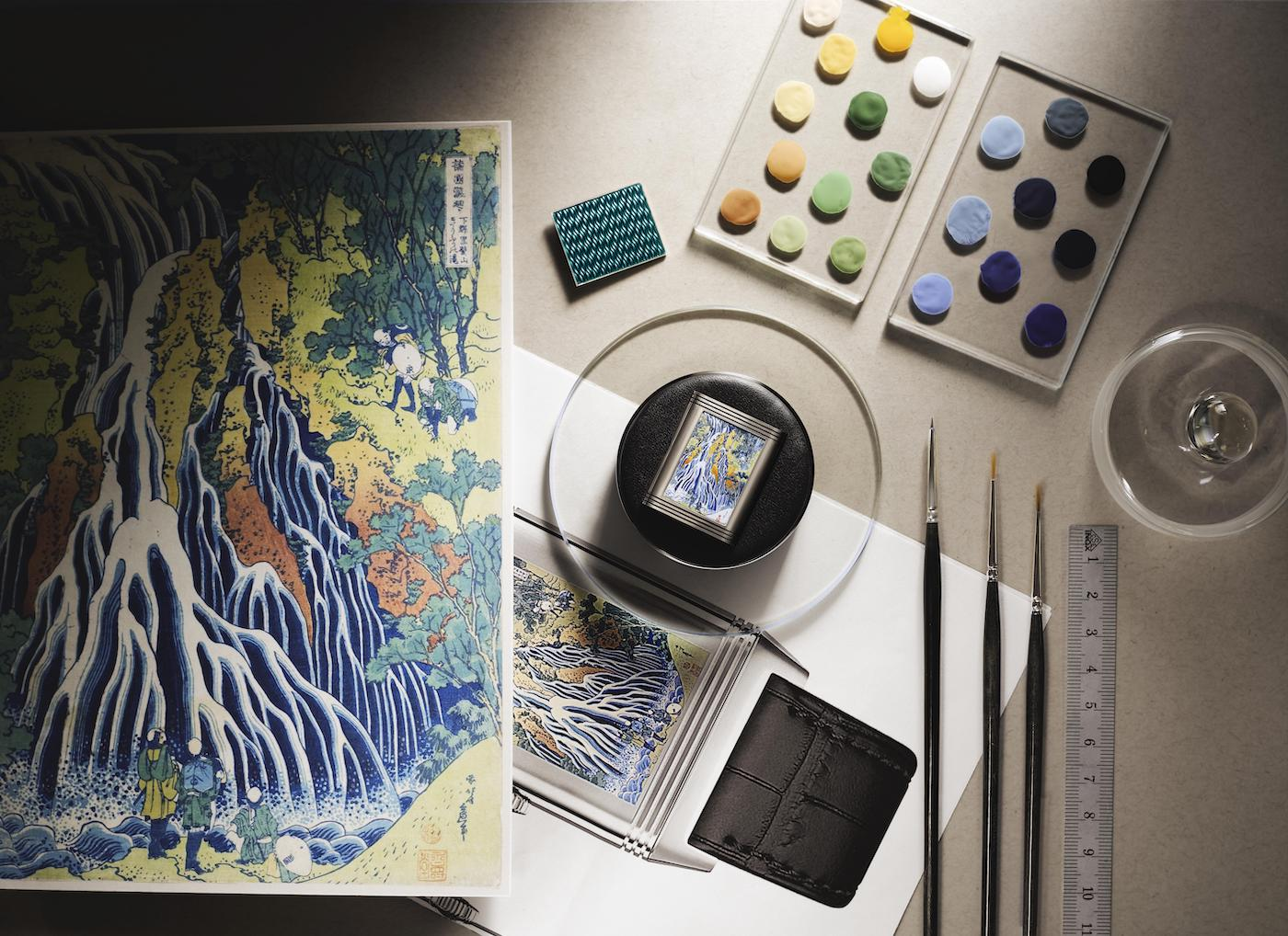 Jaeger-LeCoultre's subtle Reverso Tribute Enamel Hokusai