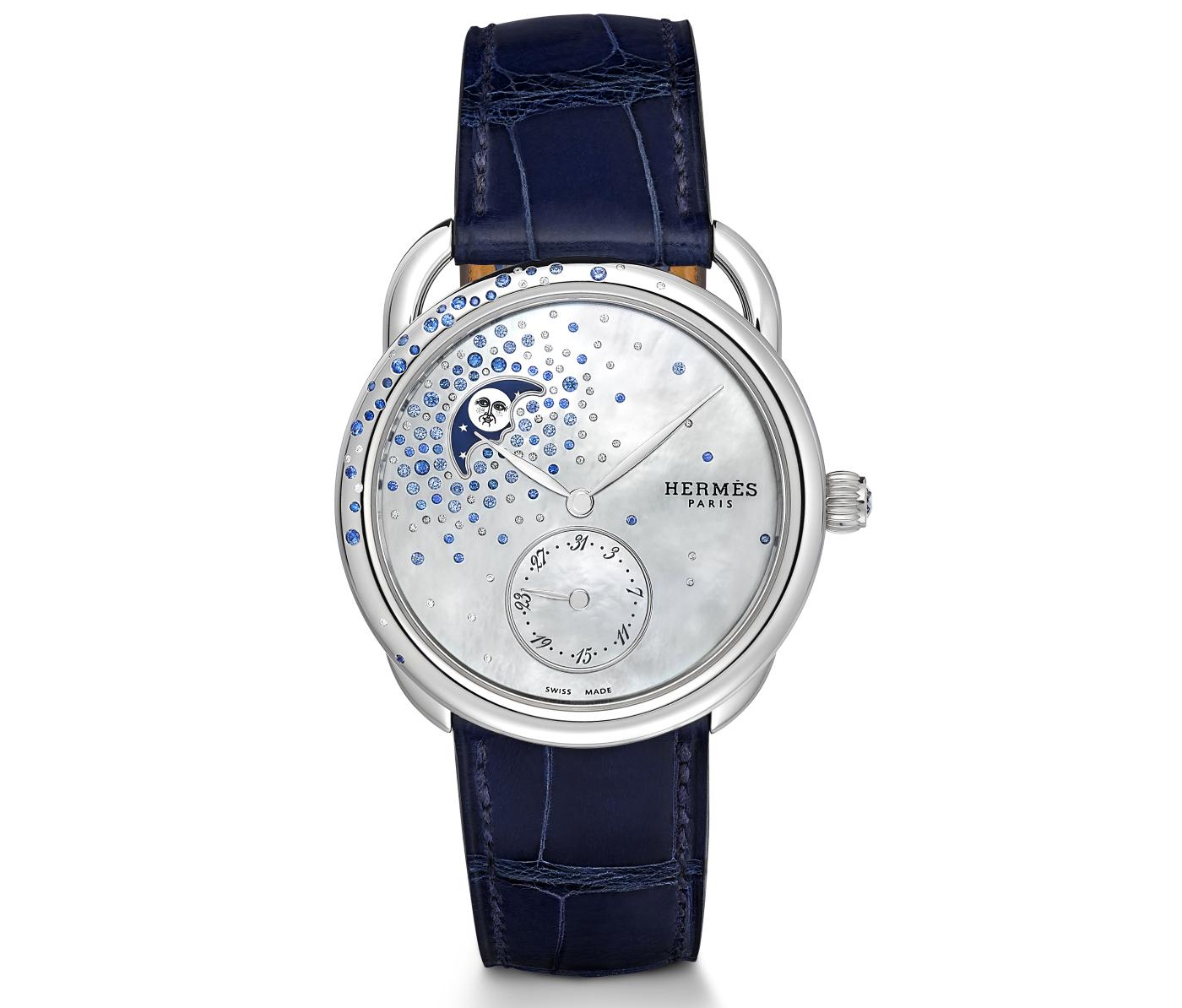 Hermes_arceau_petite_lune_jete_de_diamants_et_saphirs_face-_europa_star_watch_magazine_2020
