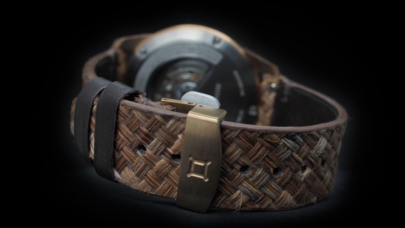 Reservoir-tiefenmesser_bronze_bracelet_plume - Europa Star watch magazine 2020