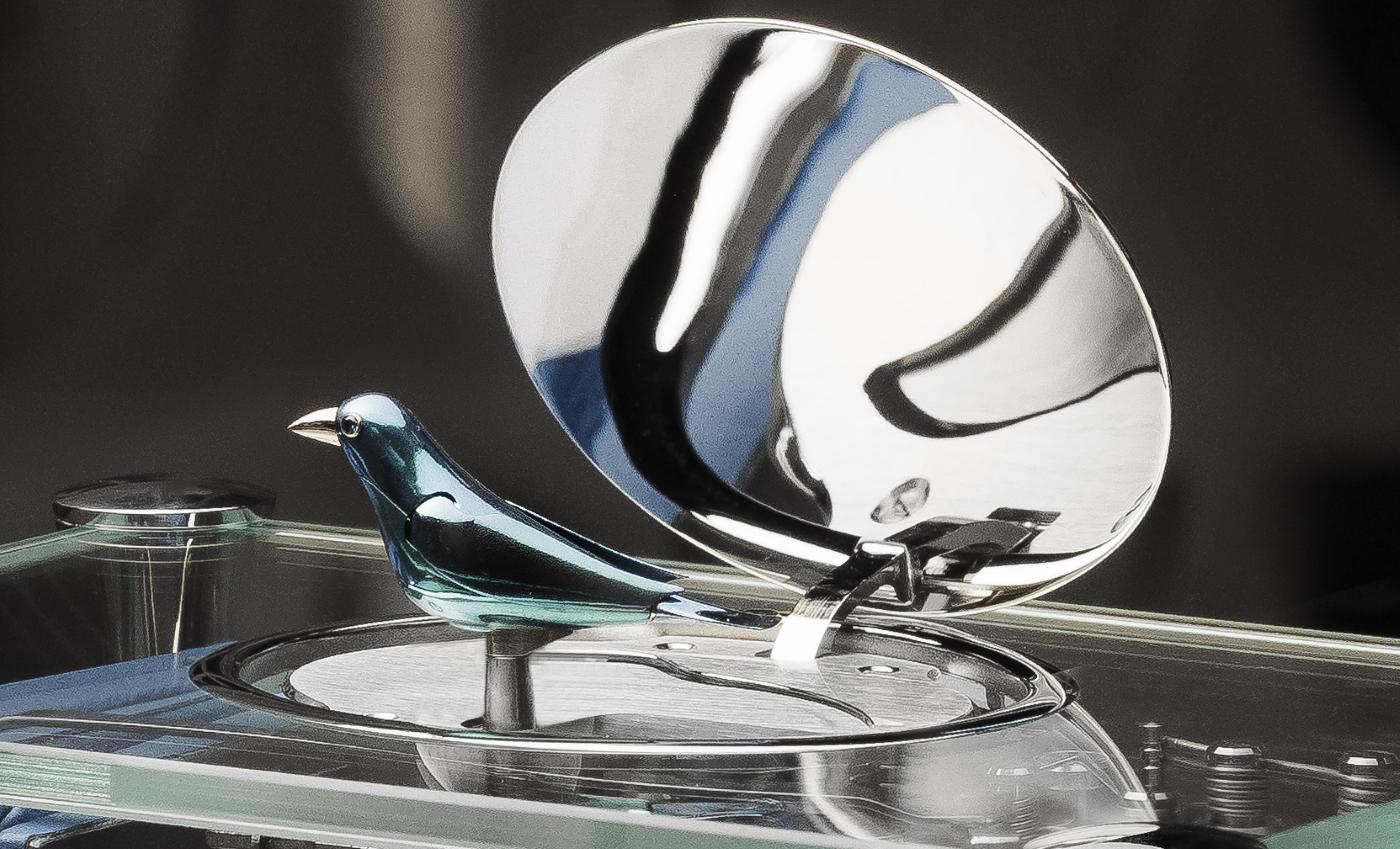"""Reuge presents its new """"Tabatières"""" enchanting birds"""