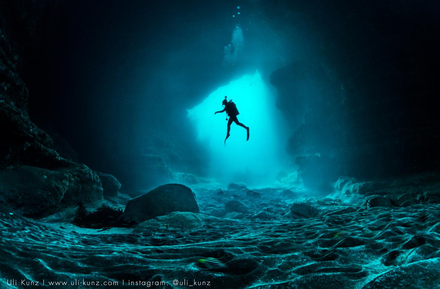Titoni_Seascoper_600_cathedral_cave_-_europa_star_watch_magazine_2020