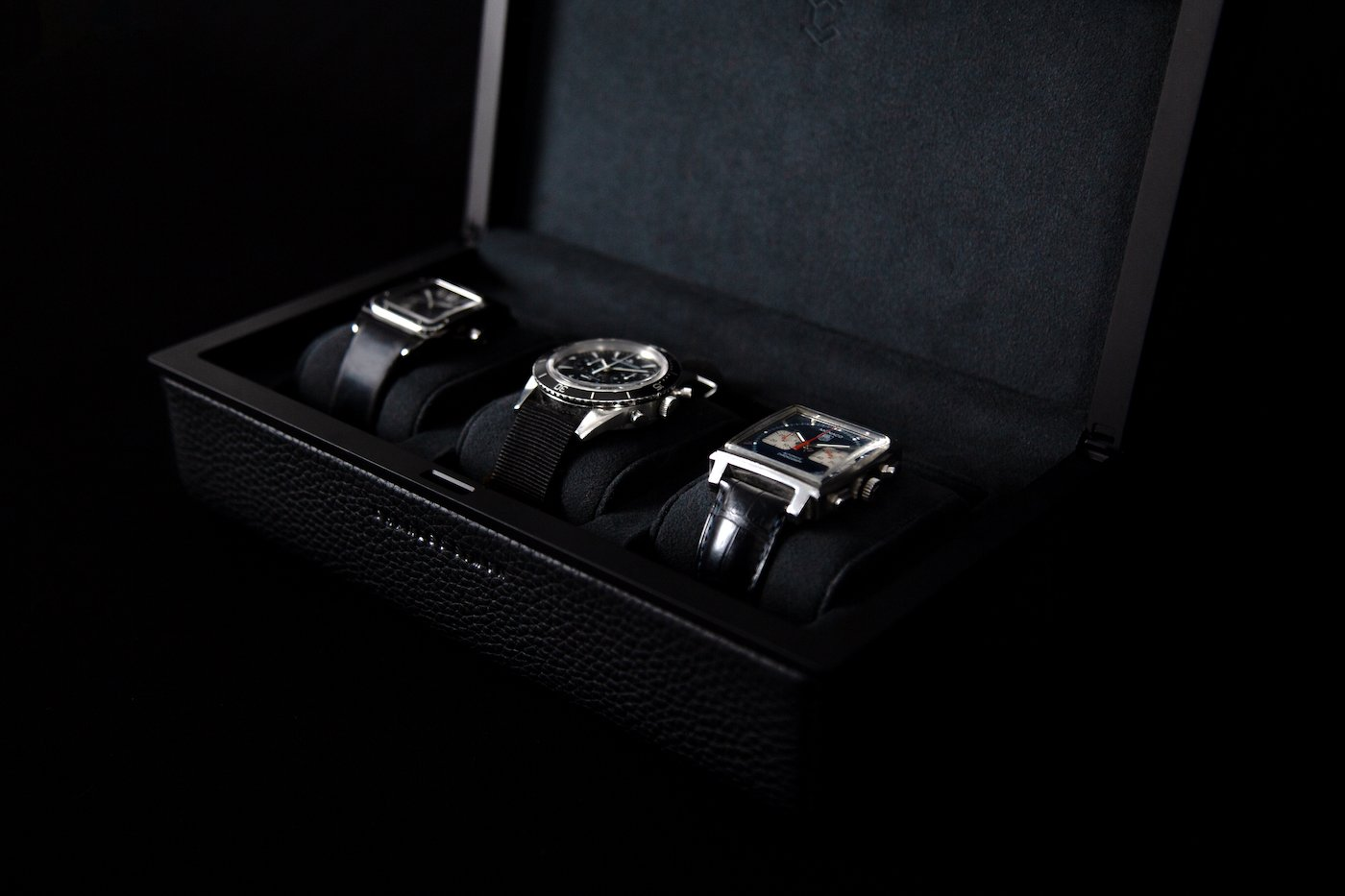 Aeronautical principles applied to watch cases