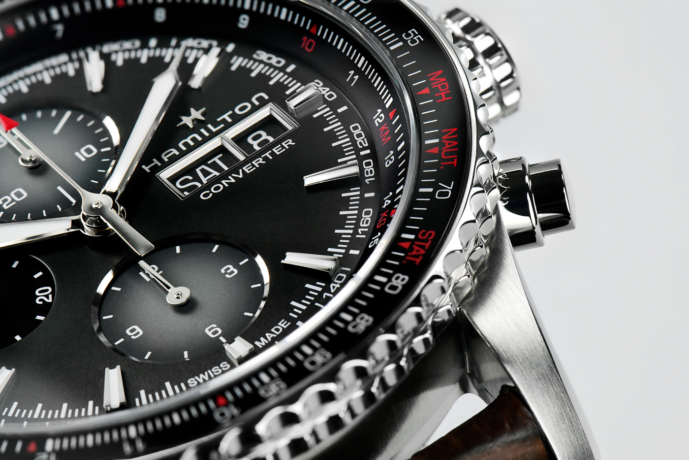 hamilton_khaki-aviation-converter__detail1_-_europa_star_magazine_2020