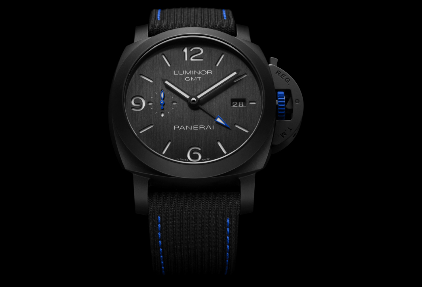 Panerai_luminor_gmt_bucherer_blue_-_Europa_Star_watch_magazine_2020