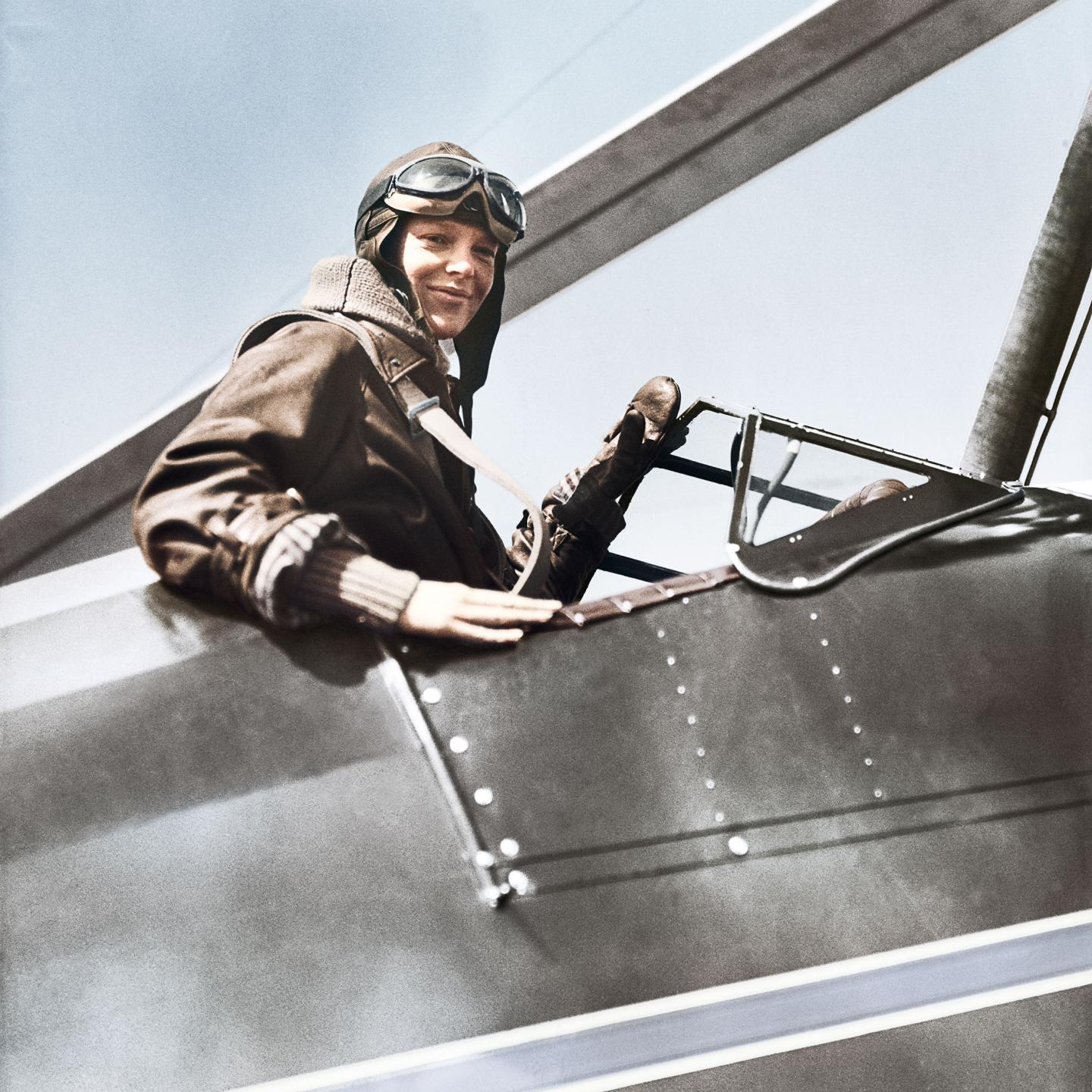 In 1932, Amelia Earhart performed the first female solo flight over the Atlantic, using her Longines chronograph as a navigation instrument.