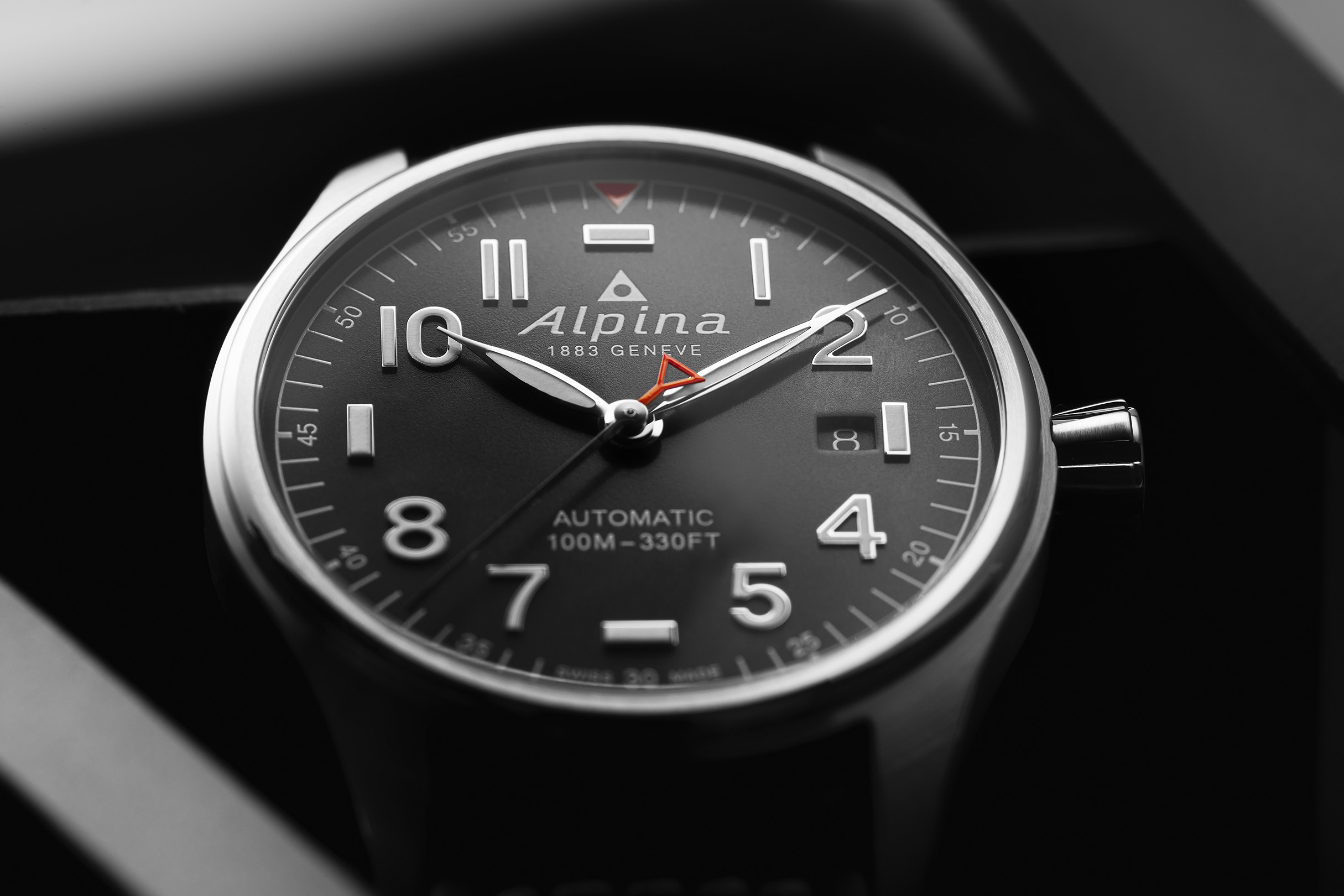 Alpina's Startimer Pilot Automatic in new size