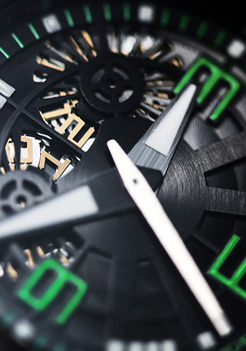 The New Oktopus Double Date Carbon Green by Linde Werdelin