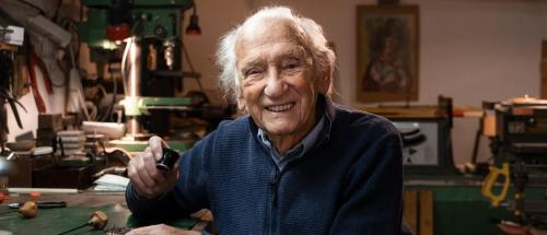 Georges Dubois - The oldest watchmaker in the world