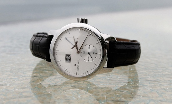 Zeitwinkel 273° model watch
