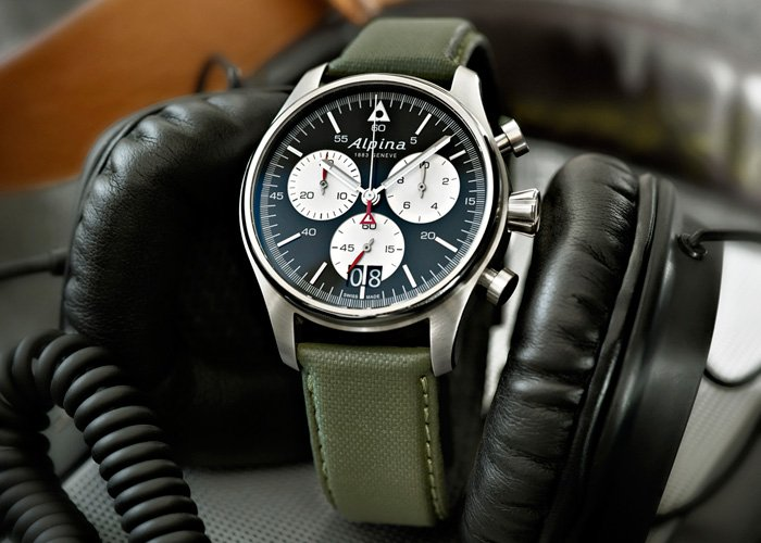 Startimer Pilot Chronograph Big Date by Alpina