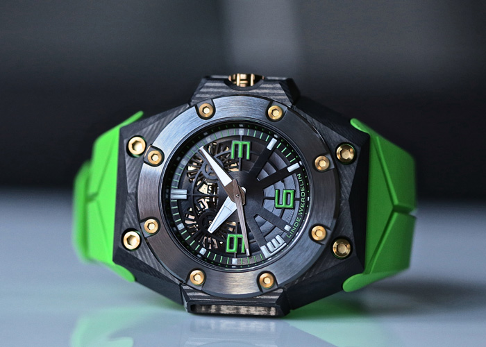 Oktopus Double Date Carbon - Green by Linde Werdelin