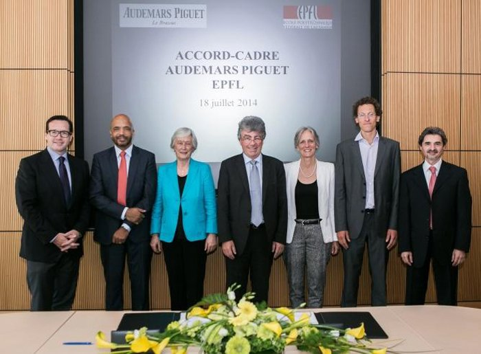 From left to right: François-Henry Bennahmias, CEO of Audemars Piguet; Olivier Audemars Member of the Board of Audemars Piguet Holding; Jasmine Audemars, Chairwoman of the Board of Audemars Piguet Holding and the Board of the Audemars Piguet Foundation; Professor Patrick Aebischer, President of the EPFL; Adrienne Corboud Fumagalli, Vice-President for Innovation at the EPFL; Professor Simon Henein, Manager of the INSTANT-LAB; Zarko Stevic, Director of the Supply Chain and Development at Audemars Piguet