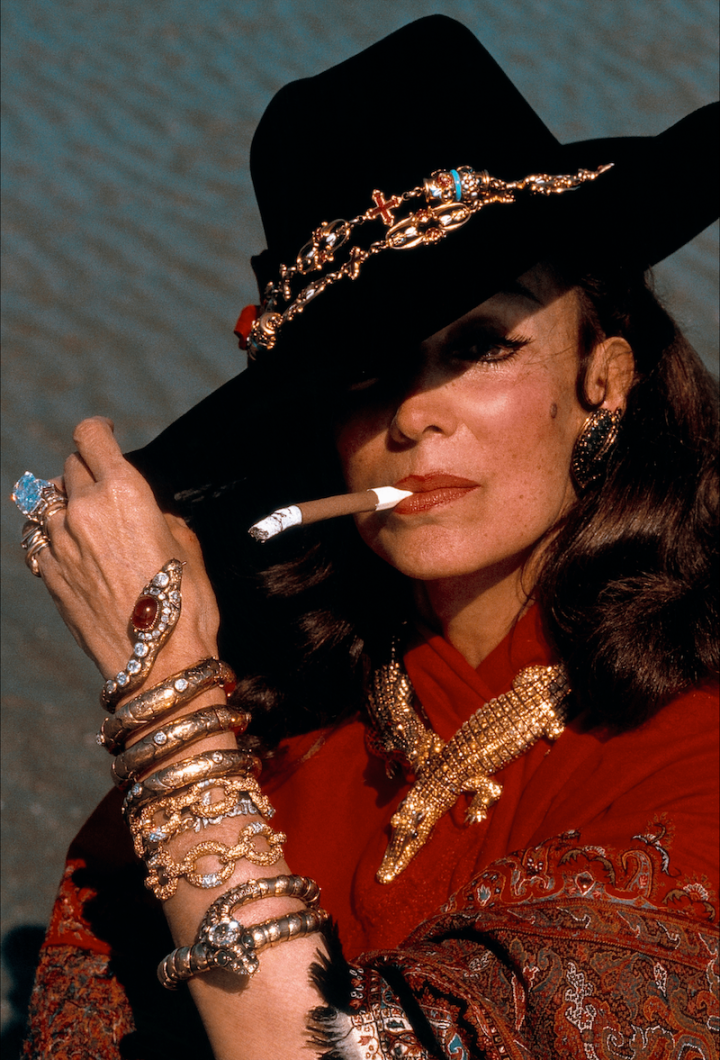 Maria Félix wearing her Cartier Crocodile necklace