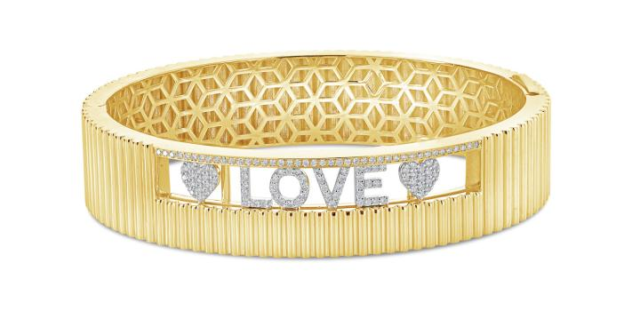A bracelet from London Jewelers' own line, London Collection