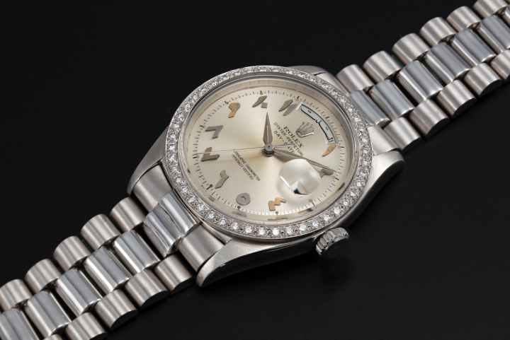 Rolex ref 1804 in Platinum with Hindi numerals. Watches with regional relevance are also prized. This timepiece was part of an online watch auction organized from Dubai by Christie's in the spring of 2021.