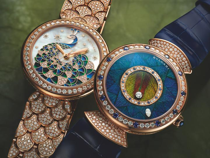 Crafted in a limited edition of 50 pieces, the Divas' Dream Peacock Dischi features a natural peacock feather marquetry dial. The Divas' Dream Peacock Diamonds features a peacock motif set against a mother-of-pearl backdrop.