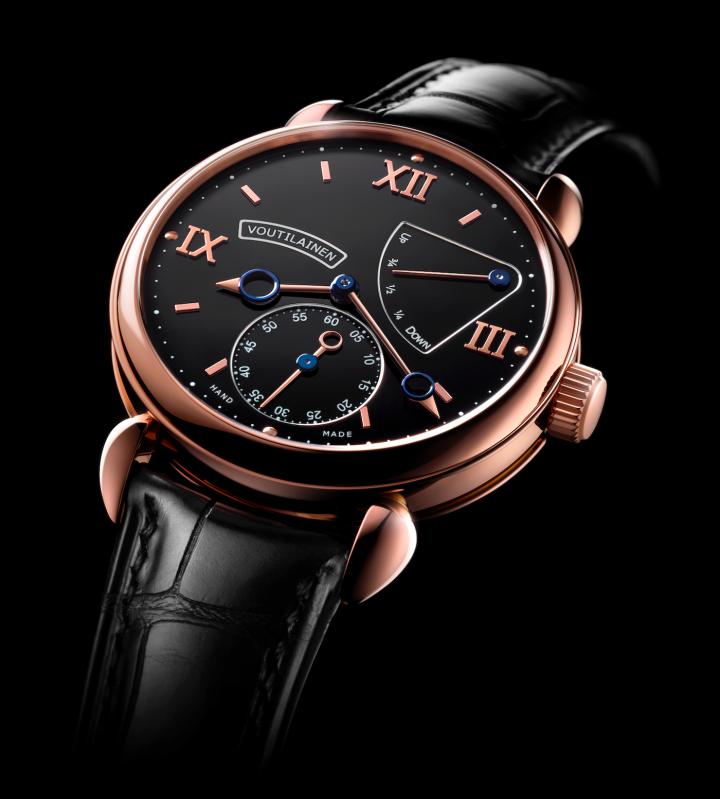 V-8R power reserve - 2013 Men's Watch Prize