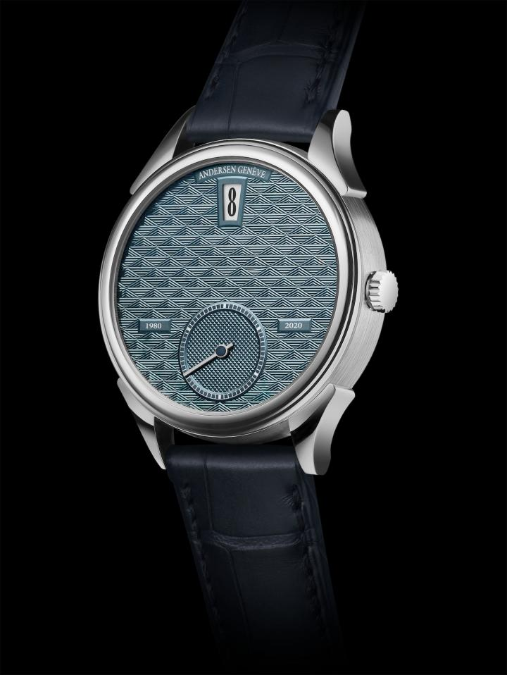"""Jumping Hours 40th Anniversary in Platinum. An exceptional dial in hand-guilloché 21K blue gold with the """"losanges magiques"""" rhomboid motif that reflects the light differently depending on the direction. Extremely difficult to achieve, it requires the use of no fewer than three different engine- turning machines. Frédéric Piguet 11.50 double-barrel automatic movement with the Jumping Hours module developed and manufactured at Andersen Genève. Limited edition of 40 pieces."""