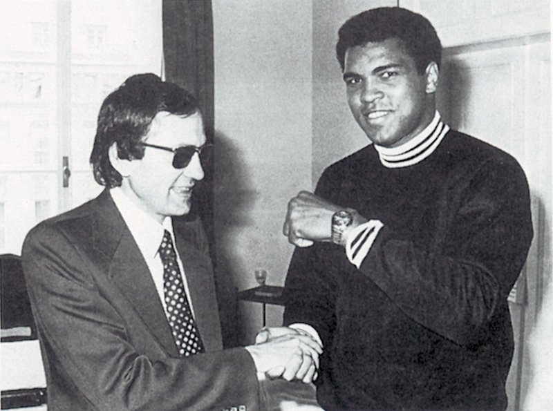 Muhammed Ali reviewing his DS DiaMaster with the Certina representative in Germany