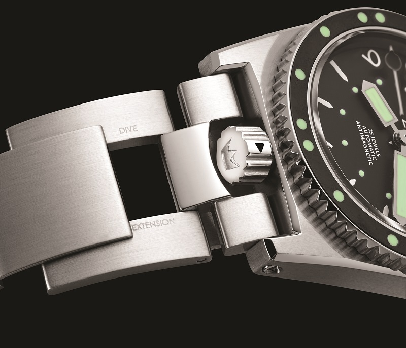 The new Grands Fonds 300, a proper diver's watch